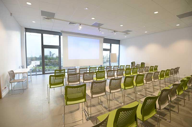 Silver Innov' | Pépinière d'entreprises dédiée à la Silver Économie | Salle de conférence